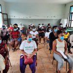 OMCV apoia moradores de quatro comunidades com formação e cestas básicas